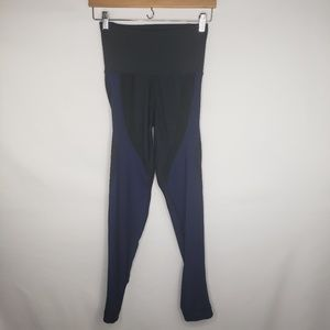 Nike Blue Black Stretchy Fitness Capri Leggings